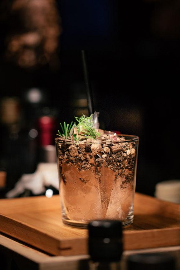 Gin Lab | Restaurant | Bar - Juni 93
